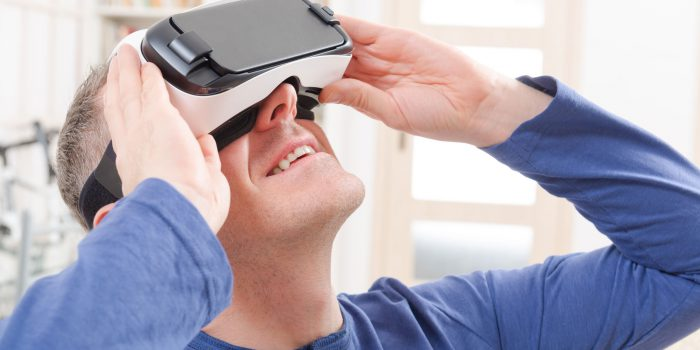 visore virtual reality