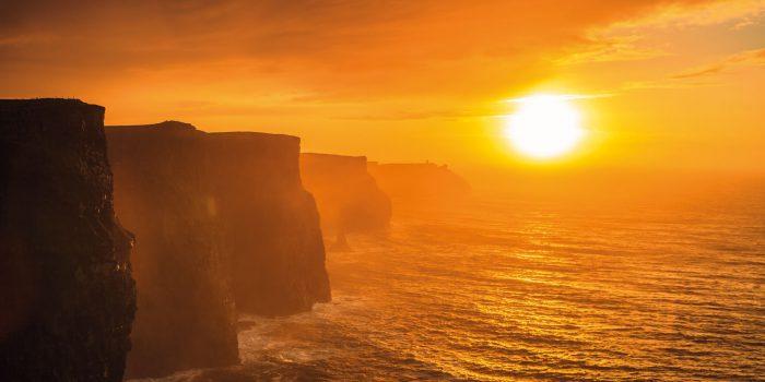 La festività veniva celebrata nella notte tra il 30 aprile e l'1 maggio. Il motivo di tale scelta è dovuta al fatto che i Celti salutavano il giorno nuovo a partire dal tramonto del sole.
