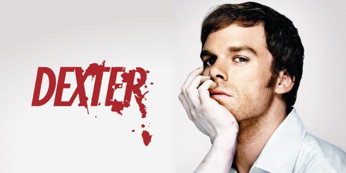 Dexter - immagine adattata dal poster della stagione 01