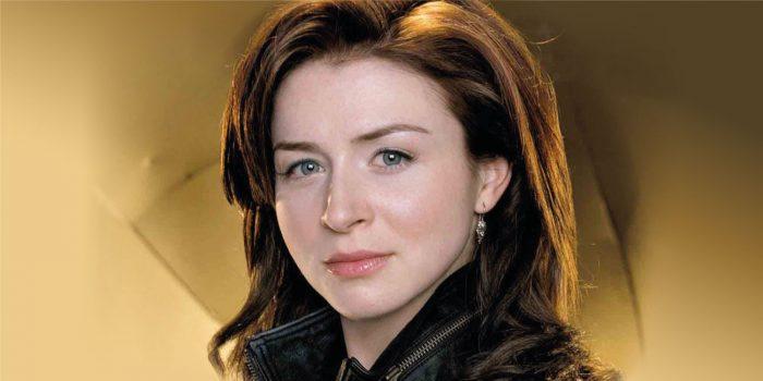 Missing (originariamente intitolato 1-800-Missing) è una serie televisiva canadese sul crimine basata sulla serie di libri 1-800-Where-R-You della scrittrice statunitense Meg Cabot.