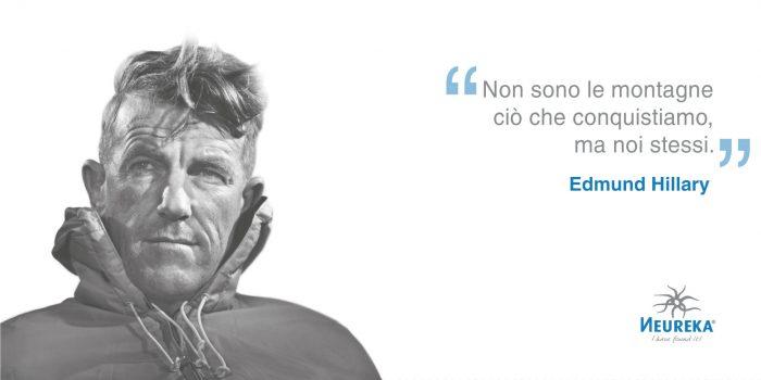 Oggi è l'anniversario di nascita del primo uomo che ha conquistato la vetta dell'Everest: l'alpinista neozelandese Sir Edmund Hillary